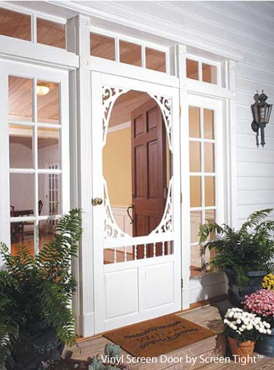 Screen doors a modern renaissance woods home for Screened front entry